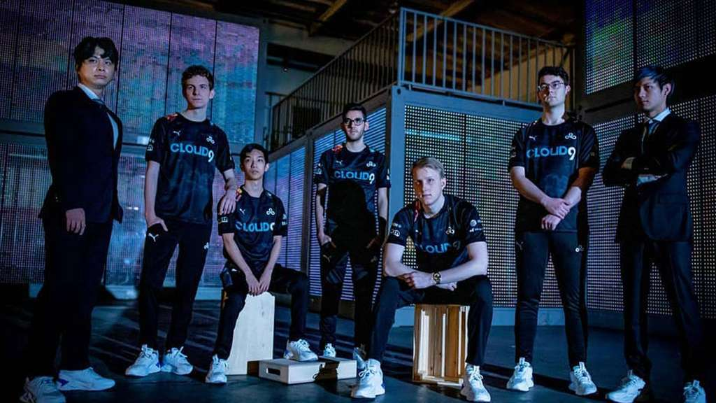 Cloud 9n Team Foto